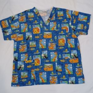 Peaches medium scrub top animals